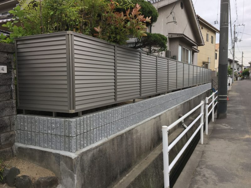 福山市目隠しフェンス
